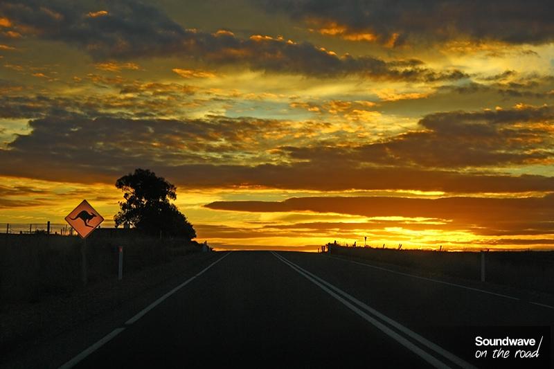 Coucher de soleil dans l'outback