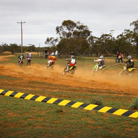 Course De Motocross Dans Le Bush En Australie