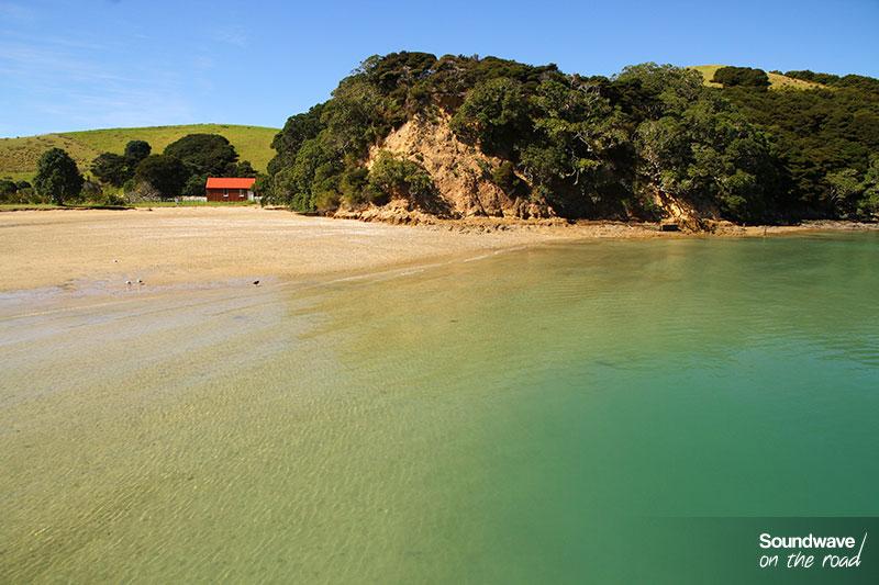 Plage paradisiaque en Nouvelle Zélande