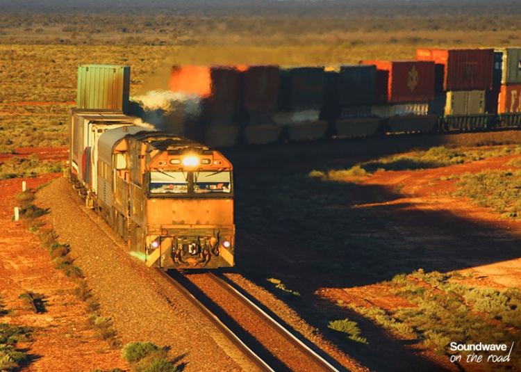 Train De Marchandises Dans Le Désert Australien