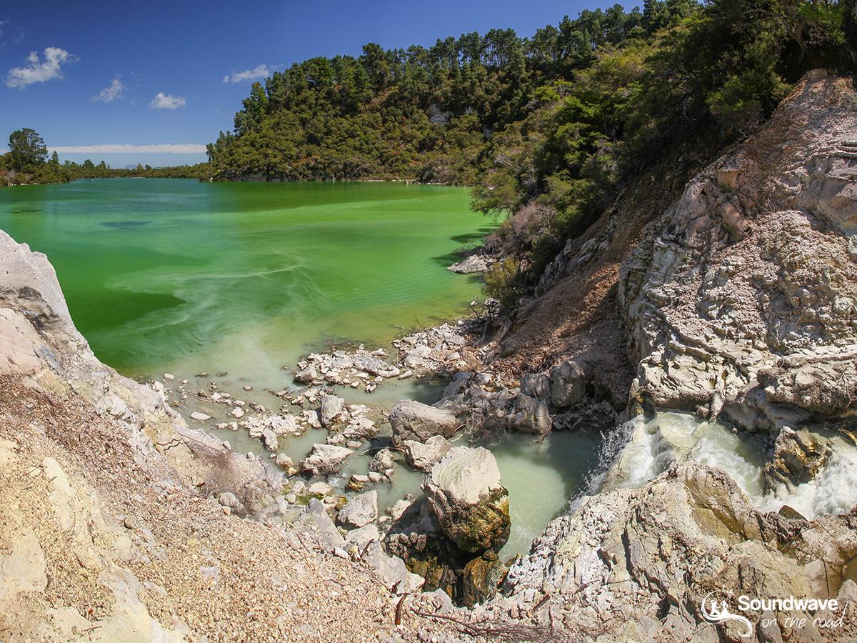 Green Lake, Wai O Tapu, Rotorua, New Zealand