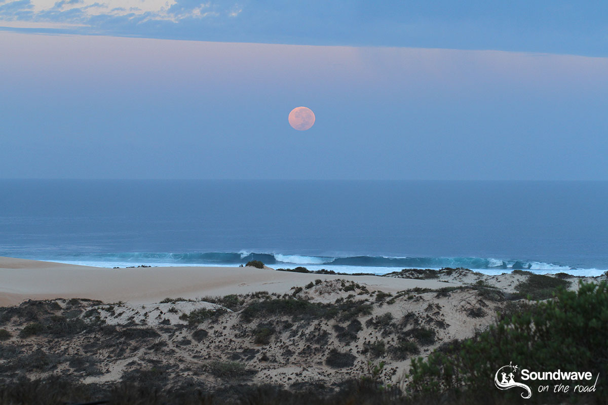Moon set in Australia
