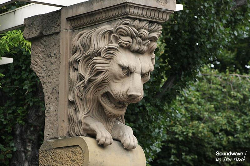 Statue de lion au marché de Salamanca en Tasmanie
