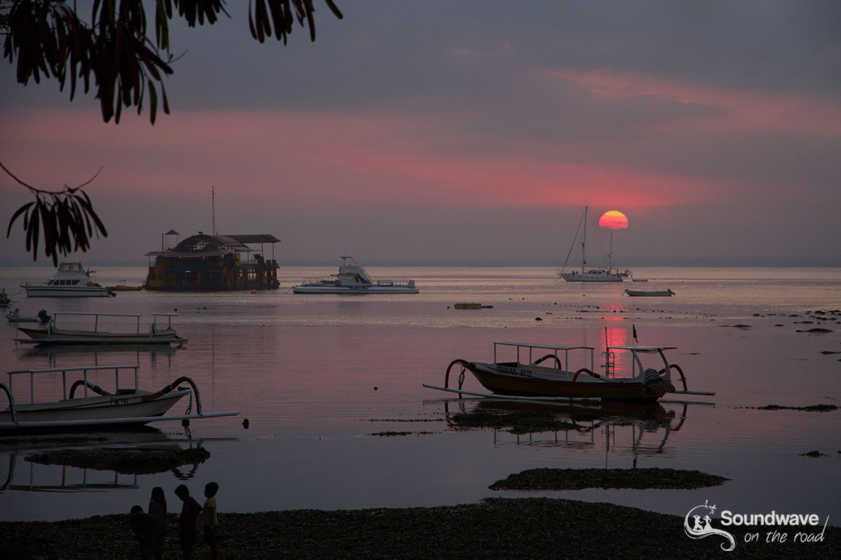 Pink sunset in Nusa Lembongan