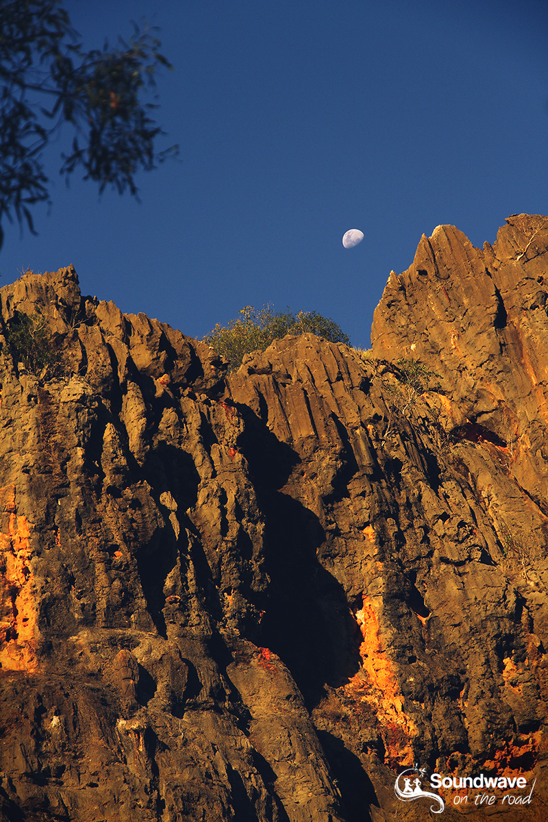 Moon rise over Windjana Gorge