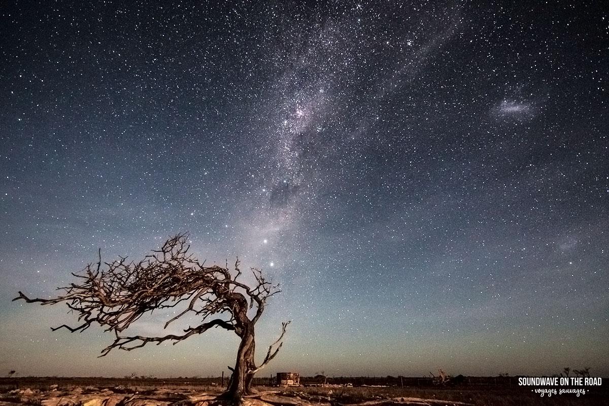 Photographier les étoiles dans le désert australien