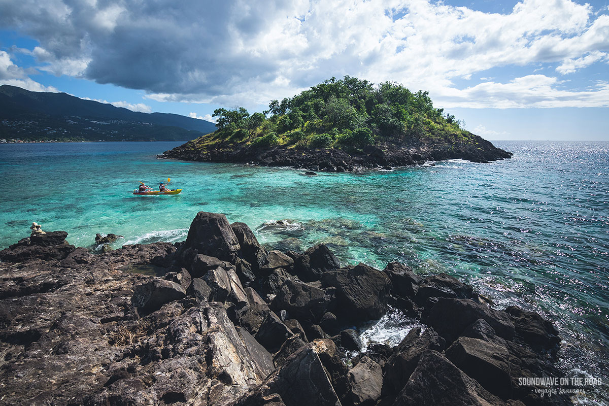 Kayak dans les îlets Pigeon, Réserve Cousteau, Guadeloupe