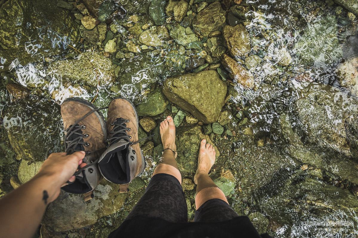 Hiking vibe - Traverser des rivières au Canada
