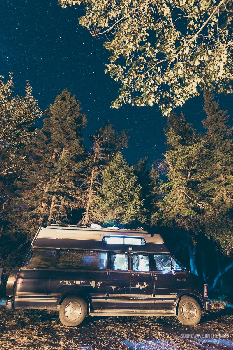 Camper sous les étoiles au Canada