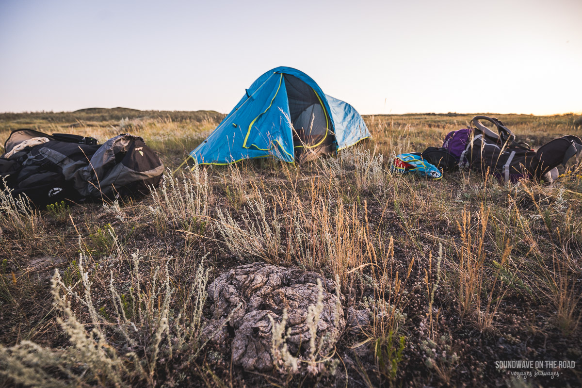 Back country camping in the Grasslands National Park