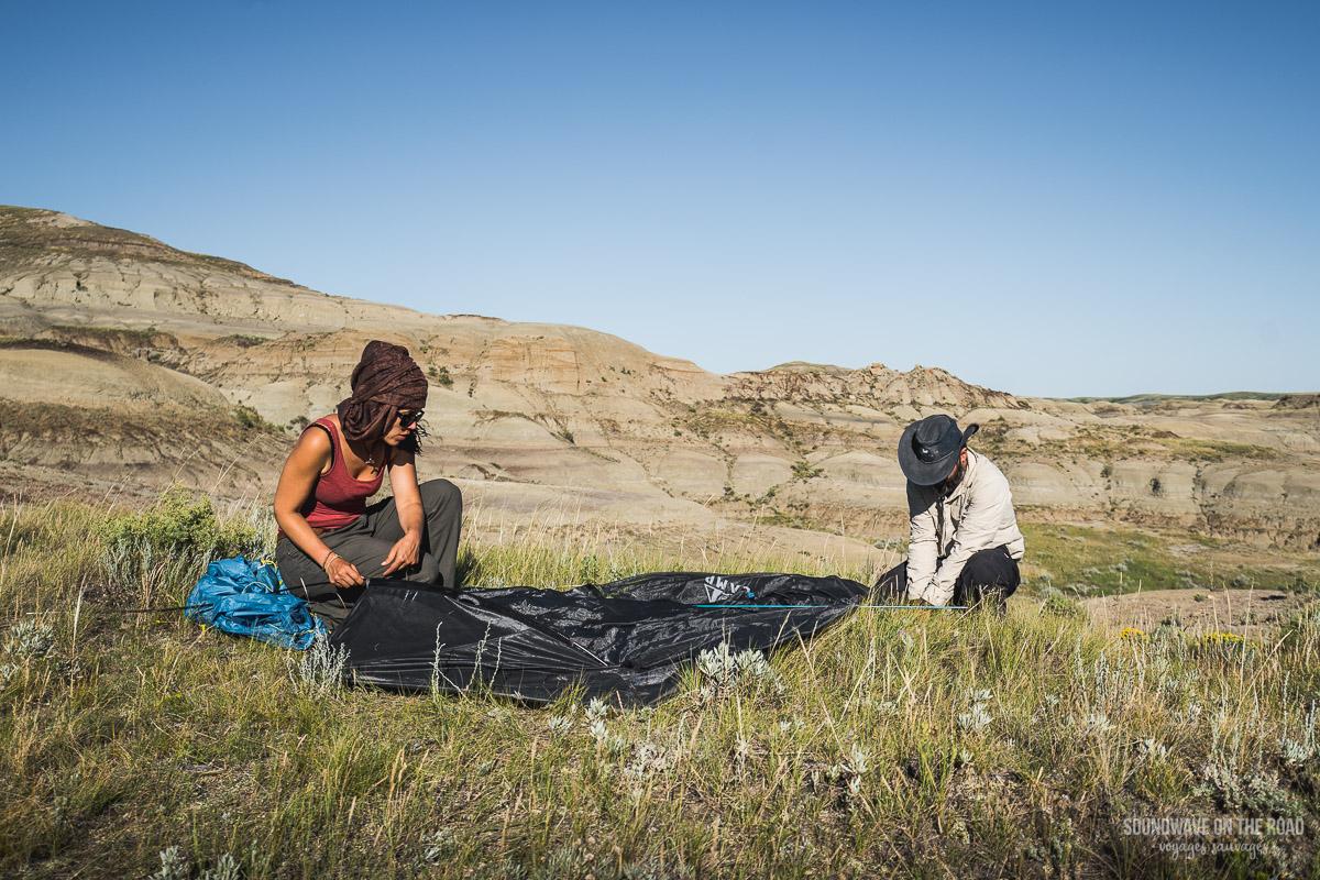 Camping d'arrière pays dans le Grasslands National Park