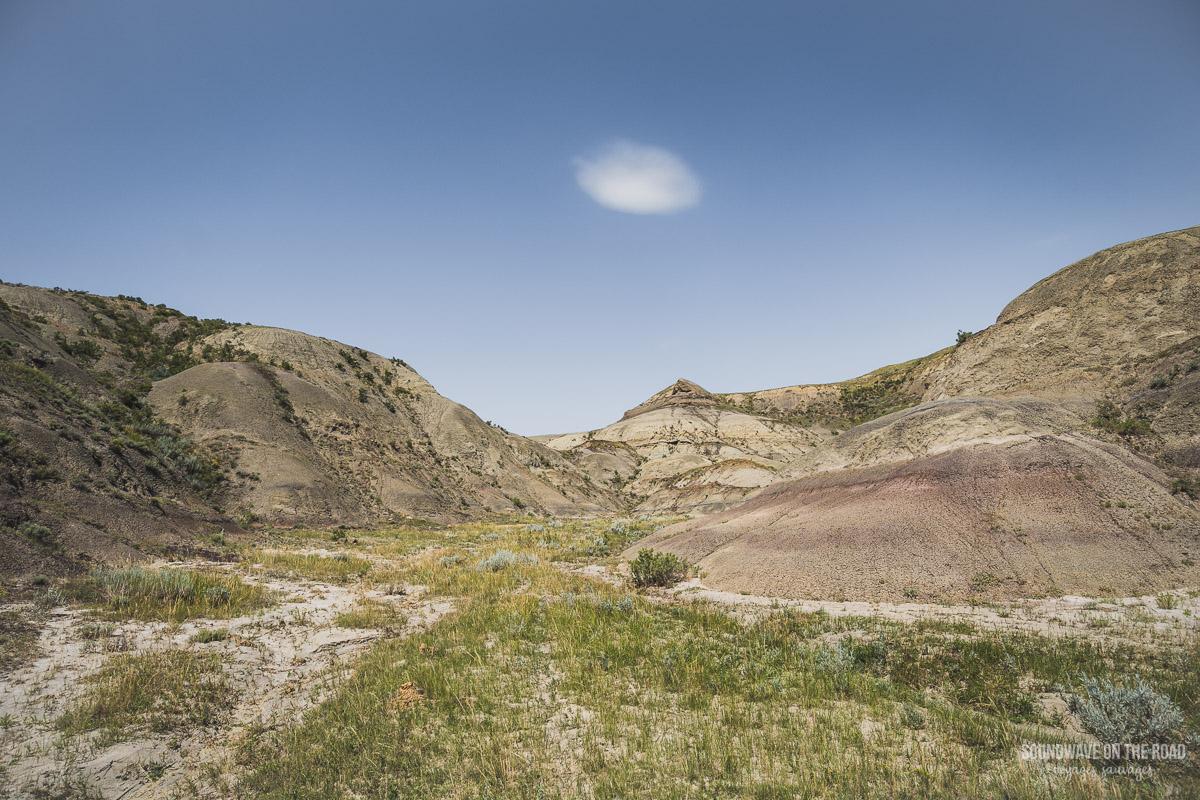 Paysage des Badlands dans le Parc National des Prairies